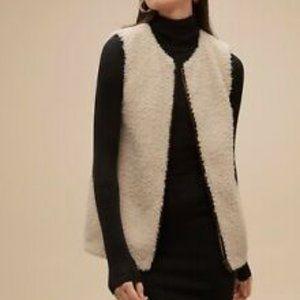 Wilfred Aritzia sherpa faux fur vest